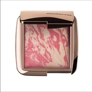 Hourglass Ambient Lighting Blush/ Diffused Heat